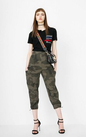 ONLY Summer Women's Loose Fit Multiple Pockets Crop Pants|118150527